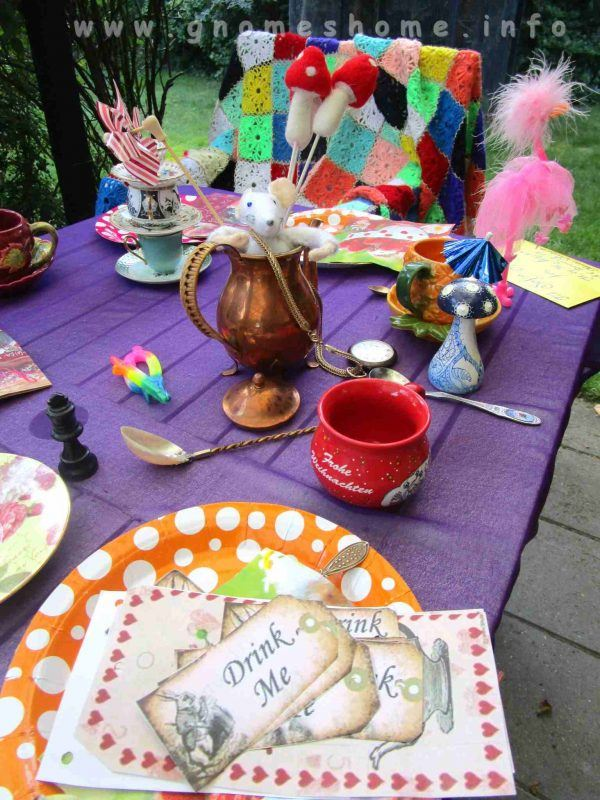 alice-in-wonderland-birthday-party-13